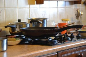 cooking with aluminum anodized cookware