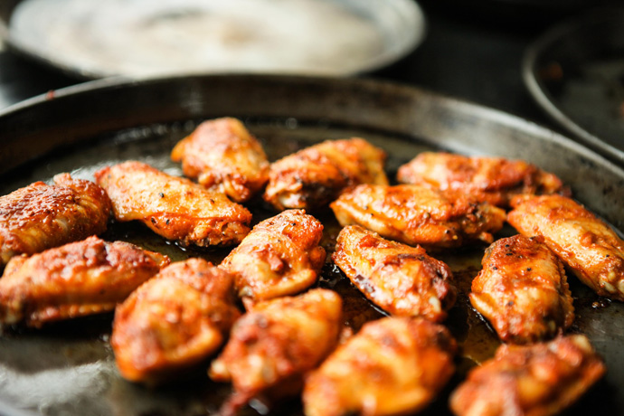 Reheating Chicken Wings Using Frying Pans