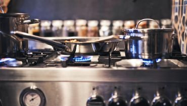 Stainless Steel Cookware Safety Facts
