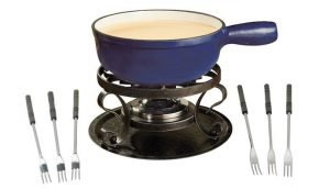 Swissmar KF-66518 Lugano 2-Quart Cast Iron Cheese Fondue Set
