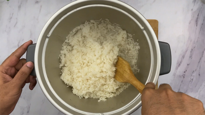 Cooked Jasmine rice in the rice cooker